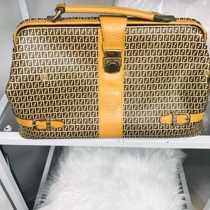 Fair condition Vintage Fendi Tote handbag